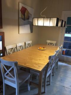 Dining area Table extends to 3 metres