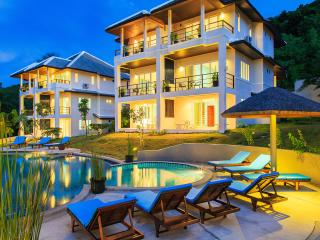 TROPICA-Villas resort with Service-Ideal for group
