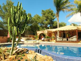 Luxury 5 bedroom villa with pool & hot tub, Ibiza