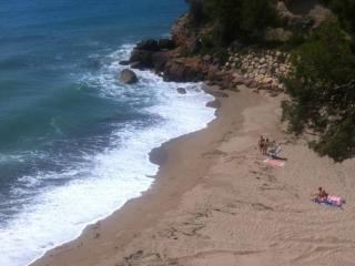 Piscina, aire acondicionad a 50 metros de la playa, Miami Platja