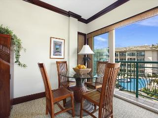 A301****Pool and partial Ocean View*** WOW night/pool views & FAST Wifi******, Kapaa
