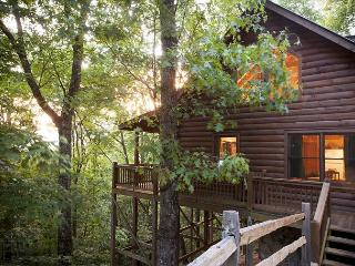2 bedroom Stacked Log Cabin in North Georgia, Cherry Log