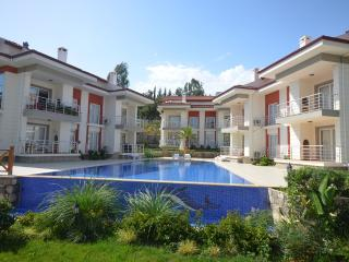 Holiday Apartment With Large Shared Pool, Fethiye