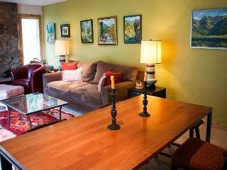 Cozy 2/2condo in E Vail w/free bus 4510 Timber Falls Ct, #1202, Vail,CO 81657