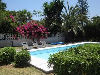 3 bed holiday villa close to beach Marbella