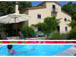 House/pool. 10 mins Girona; Nr Coast, Barcelona, Brunyola