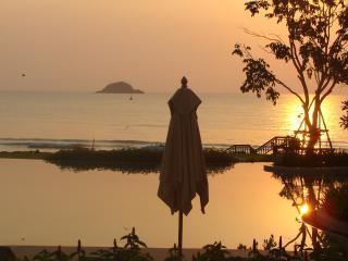 Beachfront Luxury Property in Hua Hin