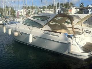 Bateau à moteur : Prestige 34s Jeanneau