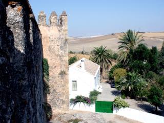 Casa Castillo de Las Aguzaderas, El Coronil