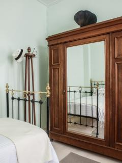 Bedroom with decorative detail