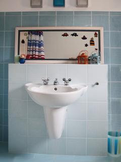 Disney design  bathroom