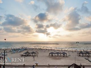 Herbert Samuel - Banana Beach sea view Apartment, Tel Aviv