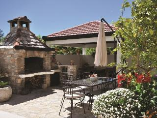 House in Split in the heart of Dalmatia, Villa DG