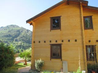 Bonita Casa de Madera, Quéntar
