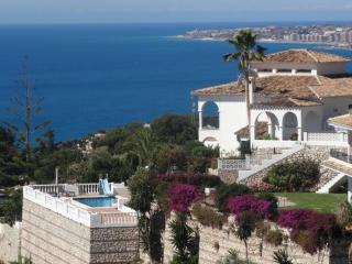 Amazing seaview, private pool, allday sun, Benalmádena