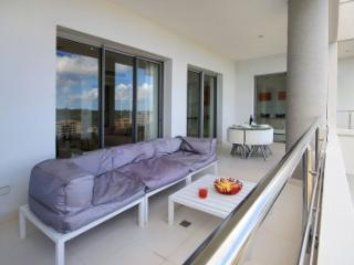 Amazing 3 Bedroom Condo in Cupecoy, St. Maarten