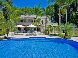 Lovely 5 Bedroom Villa on Gibbes Beach