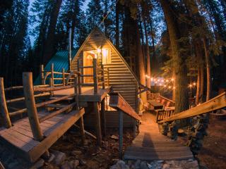 Butte Meadows Getaway - Next to Butte Creek