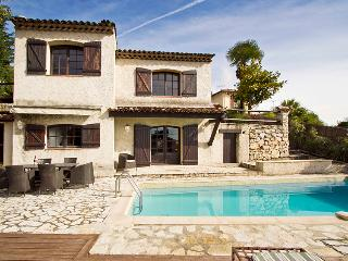 06.326 - Holiday home in Vence