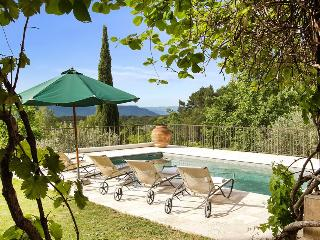 83.875 - Villa with pool i..., Seillans