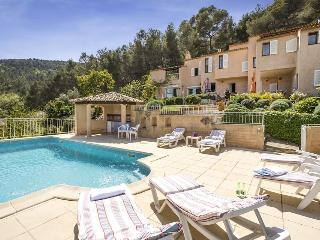83.740 - Villa with pool a..., Carqueiranne