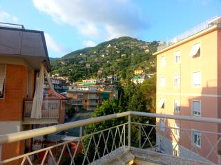 Apartment Funivia at 350 from the sea!, Rapallo