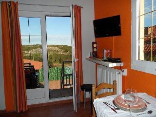 Apartamento MARI, en Comillas con bonitas vistas