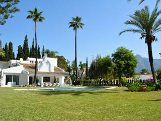 Namastee Puerto Banus luxury villa chef and maid