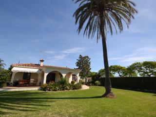 4 bedroom detached beachside villa, San Pedro de Alcantara