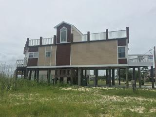 Bay Front House with Rooftop Deck, Perfect for Star Gazing!, Gulf Shores
