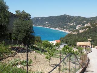 Ruhiges Apartment mit Meerblick für 4-5-p in der Nähe von Strand, Agios Gordios