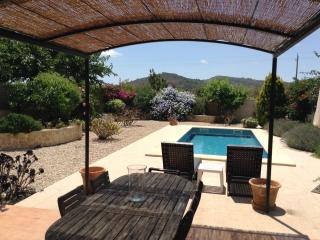 Modern house with private pool and garden., Porreres