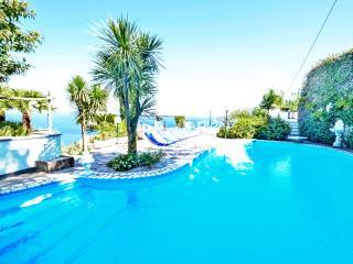 Amalfi Coast private VILLA BIANCA 1, pool, sea view, terrace, wifi, free parking
