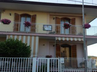 """B&B Le Tre Rose Dell'Etna"""
