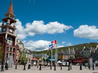 2-Bedrooms Condo, Sleeps 6 Plus, Full Kitchen, Mont Tremblant