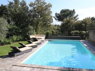 Beautiful spacious secluded villa, private pool