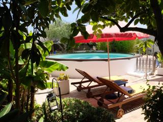 House Xica with private pool in Santa Luzia