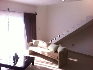 2 Blocks From the Beach!! Great Penthouse, Playa del Carmen