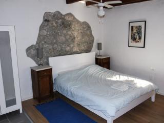 Studio Apartment - centre Kobarid - sleeps 2