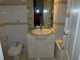 baño incorporado en habitación