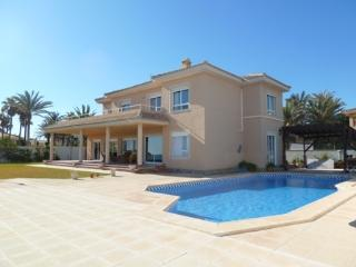 Costa Blanca South -6 Bed Villa FL Beach Cabo Roig