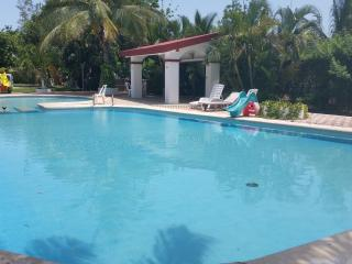 COZY BEACH HOUSE, Playa Mujeres