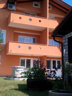 App Novigrad - The Orange One