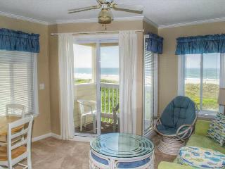 Recently Updated Oceanfront Condo with Great Views!, Atlantic Beach