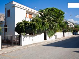Holidays Villa at 400mt from the beach