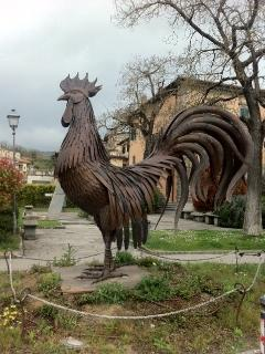 The big rooster in Gaiole centre