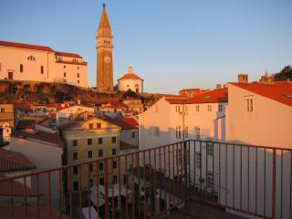 Piran Ideal Family Home - Near Sea