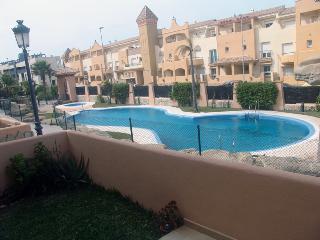 apartamento en Tarifa  con piscina y al lado playa