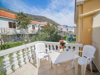 Apartments Harmony - Double Room with Balcony 4s, Petrovac