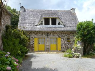 France long term rental in Brittany, Plougonven